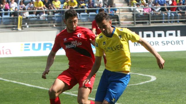 Candela jugó el pasado año en Carranza con el Sevilla Atlético.