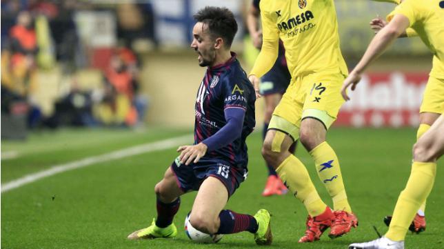 Carlos Calvo jugará en el Cádiz CF hasta final de temporada, aunque firmará por dos más.