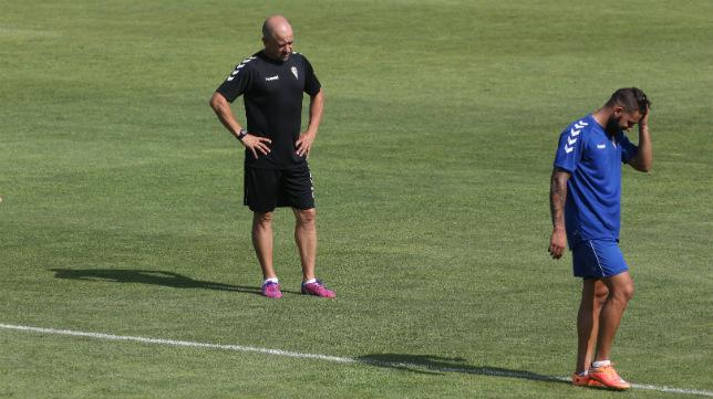 Claudio Barragán no se fía del Almería B.