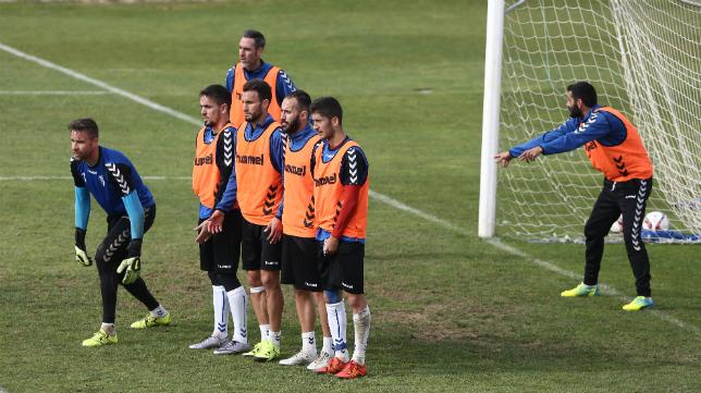 Servando, Calvo y Güiza son bajas importantes para el partido ante el Real Murcia.