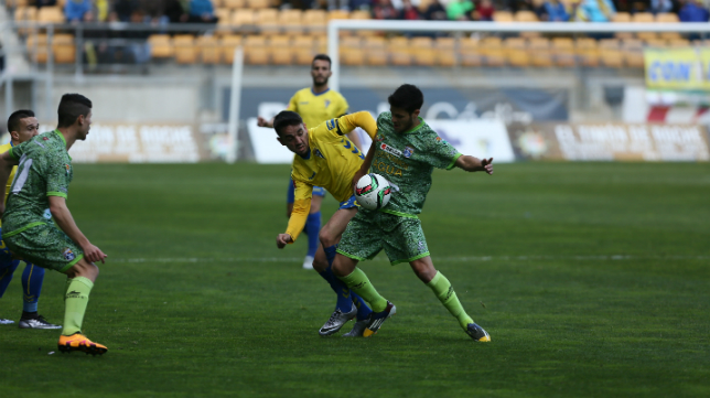 Cádiz y La Hoya Lorca pelean por la cuarta plaza.