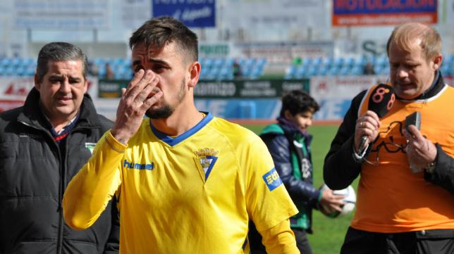 Carlos Calvo se perderá los próximos dos encuentros del Cádiz CF por sanción