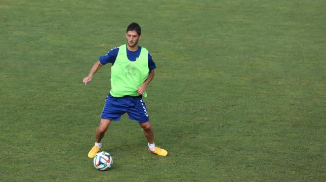 Fran Machado, en un entrenamiento en El Rosal.