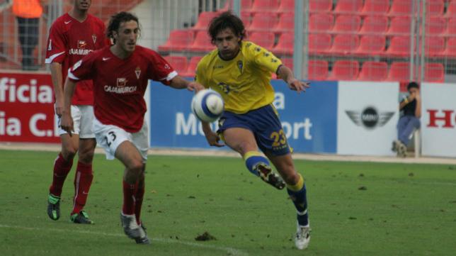 Manolo Pérez jugó en aquel Cádiz CF que ganó en Murcia por última vez en Liga.