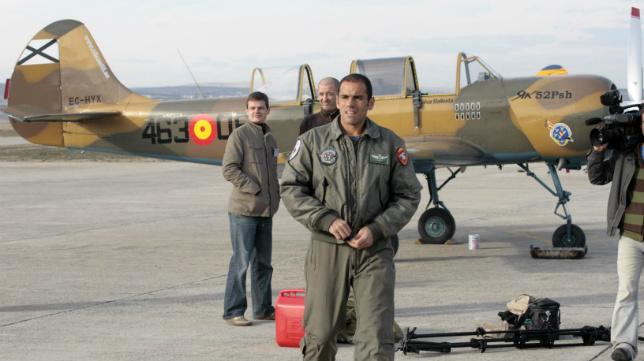 Salva, en una de las aeronaves de la asociación Milano52, que se ha hermanado con la patrulla Aspa.