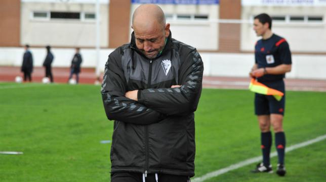 Claudio ya no es el entrenador del Cádiz CF