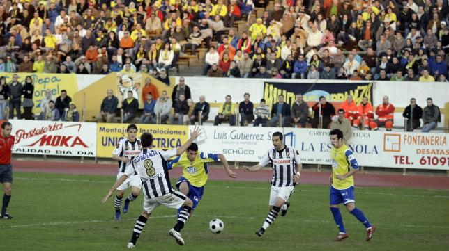Enrique y Juanma fueron los autores de los dos goles del Cádiz CF en La Línea en la 2008/09.
