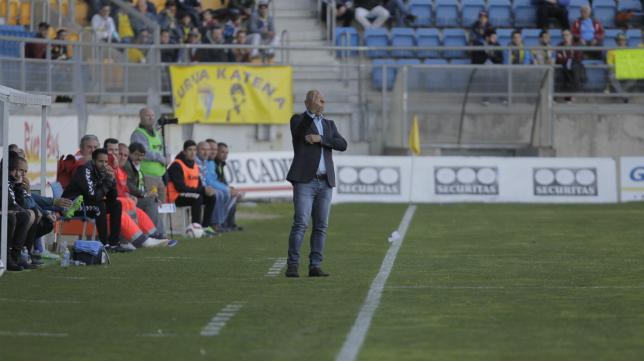 Claudio felicitó a sus jugadores por el esfuerzo.