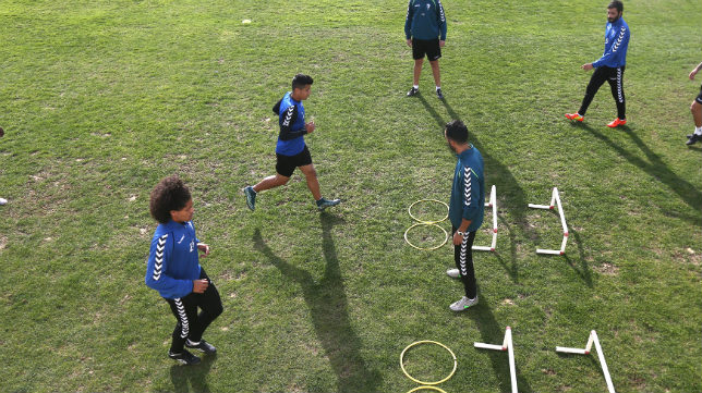 Aridane y Pavez, durante un ejercicio.