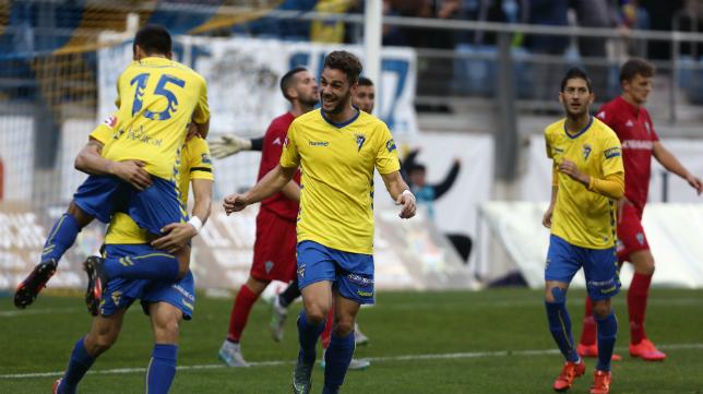 El Cádiz CF celebra uno de sus triunfos en casa.
