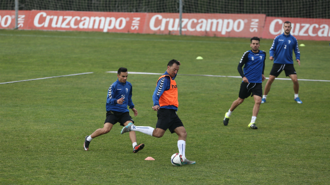 Migue González en un entrenamiento