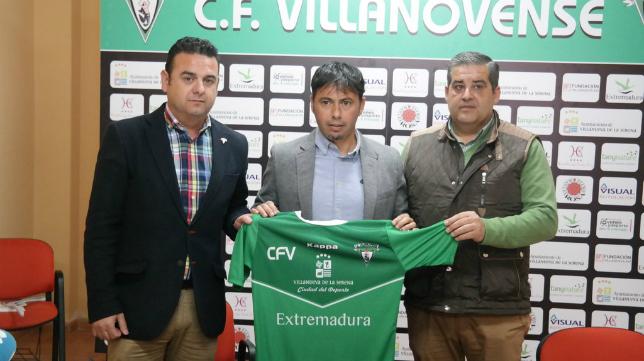 Manolo Sanlúcar en su presentación como entrenador del Villanovense