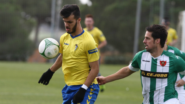 El Cádiz CF B afronta una recta final de competición decisiva