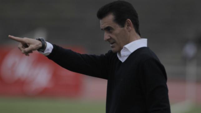 Manolo Ruiz, entrenador de la Balona