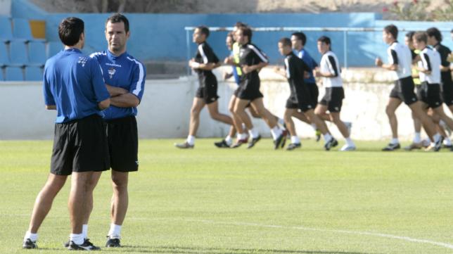 Álvaro Cervera fue despedido en el Alicante CF.