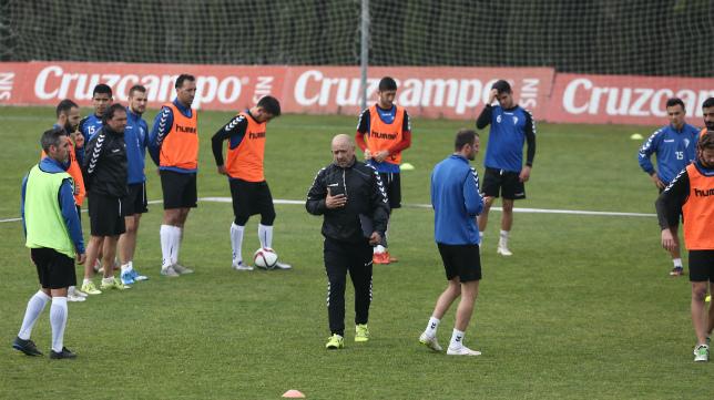 Claudio acabó muy enfadado tras el partido de Sevilla.