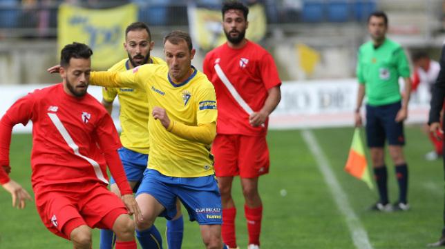 Despotovic apenas aportó en el partido de ayer.