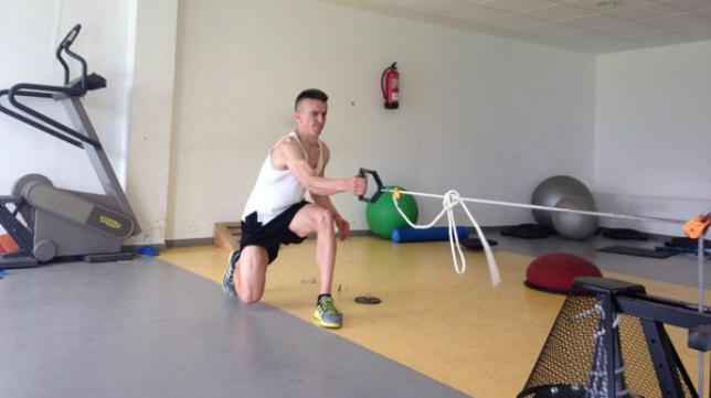 Salvi trabajando en el gimnasio (Foto: Emart Soccer)
