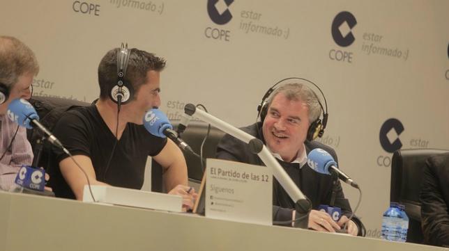 Vizcaíno con Joseba Larrañaga en El Partido de las 12