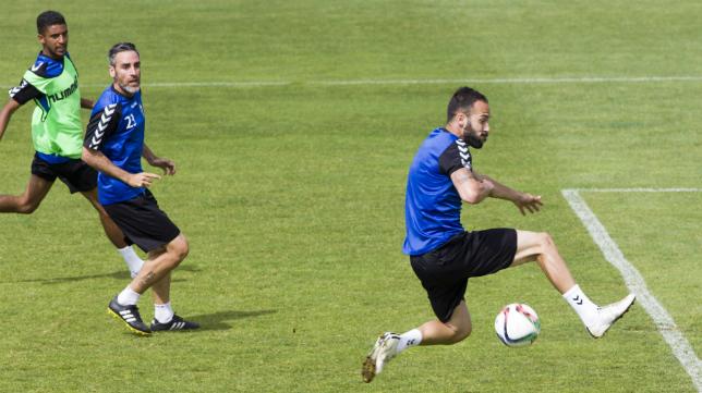 Andrés es uno de los seis futbolistas apercibidos de sanción.