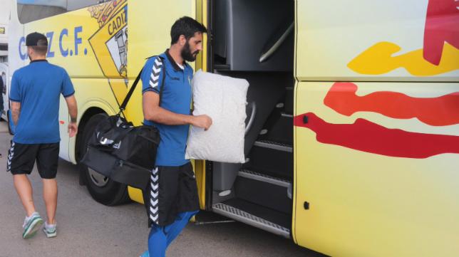 El Cádiz Cf volverá en autobús desde El Ferrol.