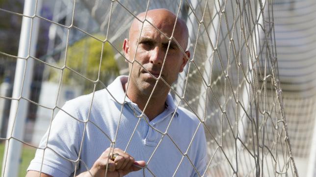 Raúl López espera que el Cádiz se imponga a su exequipo, el Ferrol