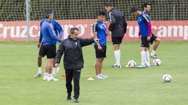 Álvaro Cervera, en un entrenamiento en El Rosal