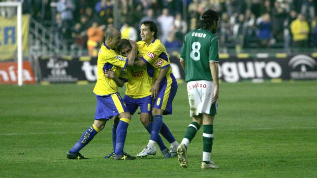 Imagen del último partido jugado entre ambos equipos en Carranza