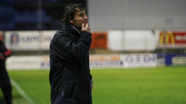 Imanol Idiakez, entrenador del conjunto catalán.