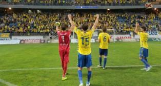 Los jugadores del Cádiz celebran la victoria ante el Hércules
