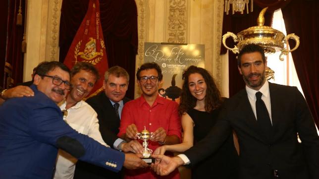 Kike Lafuente, Paco González, Manuel Vizcaíno, Jose María González, Maria Romay y Fernando Sanz