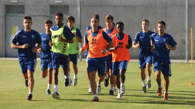 El Cádiz CF, en su regreso al trabajo el pasado año.