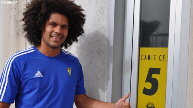 Aridane, feliz por volver al Cádiz CF (Foto: CCF)