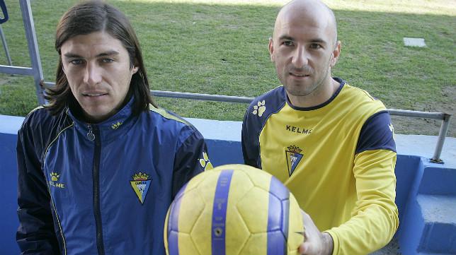 Nenad Mirosavljevic y el Cacique Medina comenzaron la segunda vuelta de la 2005/06 siendo los delanteros titulares.