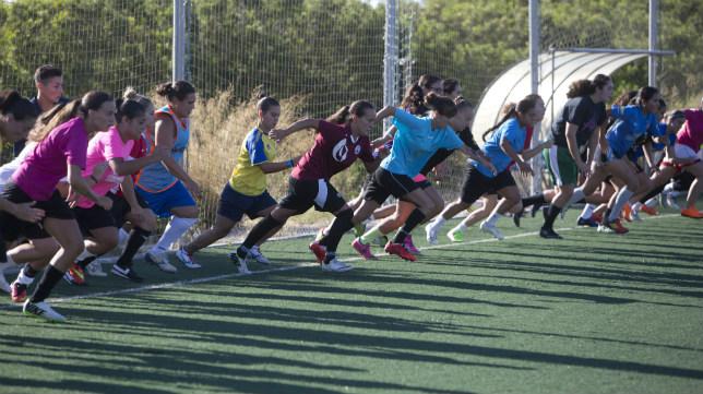 El Cádiz CF Femenino disputa hoy el primer encuentro oficial de su historia