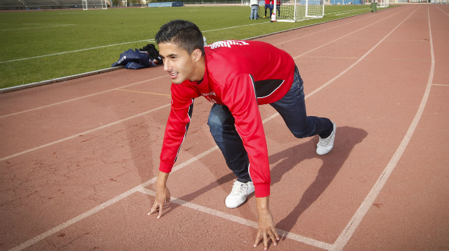 Nico Hidalgo se ha formado en la cantera del Granada.