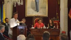Paco González en su pregón del Trofeo en el Ayuntamiento (Foto: CCF)