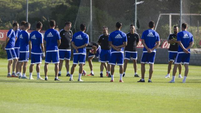 El Cádiz CF se concentrará desde hoy para hacer piña en Mijas.