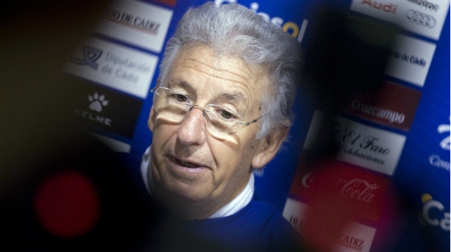 Víctor Espárrago, muy feliz por el ascenso del Cádiz CF.