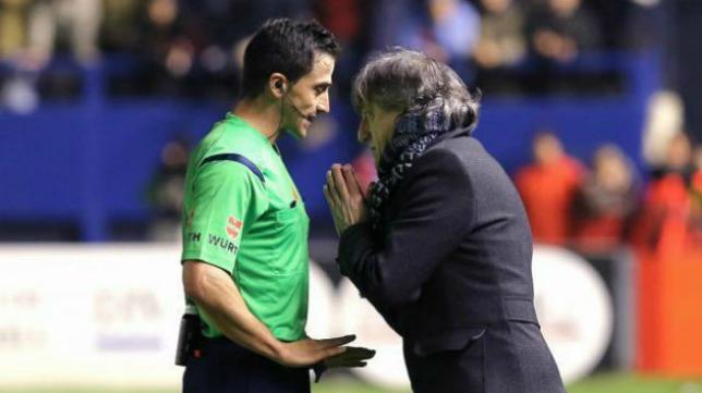 Ais Reig pitará el encuentro que medirá al Cádiz CF con el Mirandés.