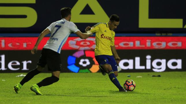 Álvaro fue un peligro constante en la primera mitad.