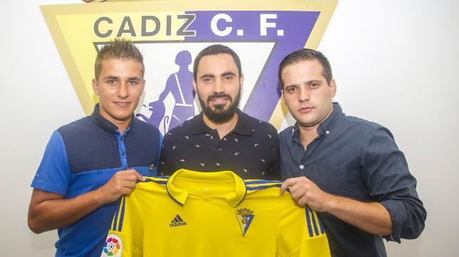 El Cádiz CF Virgili presentó a su nuevo cuerpo técnico