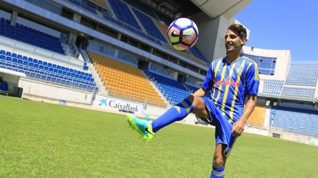 Carpio, en su presentación como jugador del Cádiz CF