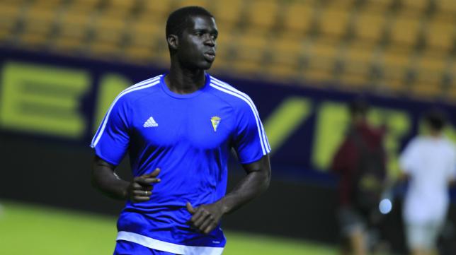 Sankaré en un entrenamiento del Cádiz CF