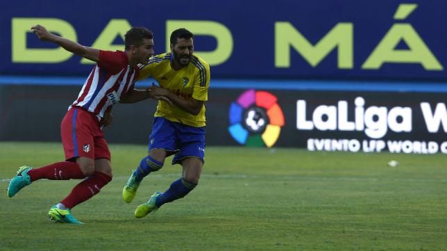 Güiza terminó tocado en el Trofeo Carranza y no estará en Almería