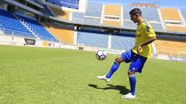 Nico Hidalgo, durante su presentación como jugador del Cádiz CF