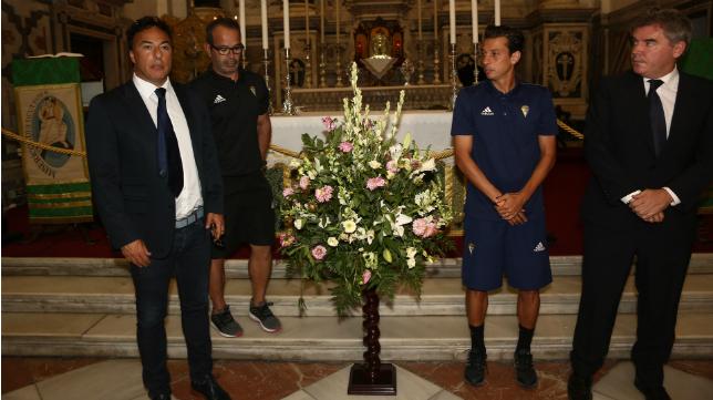 Quique Pina y Vizcaíno se han dejado ver juntos en la ofrenda floral a la Patrona.