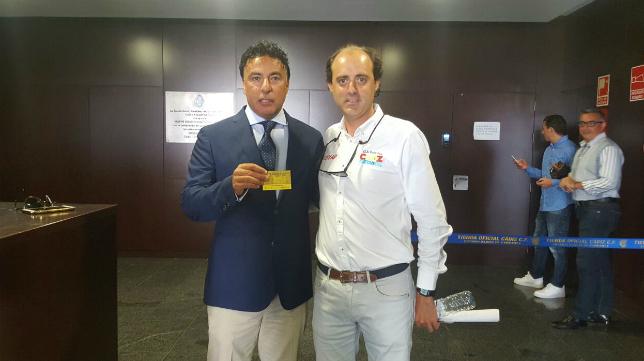 Quique Pina apoya a Juan Ignacio García Priego en el nuevo proyecto del Cádiz CF Virgili