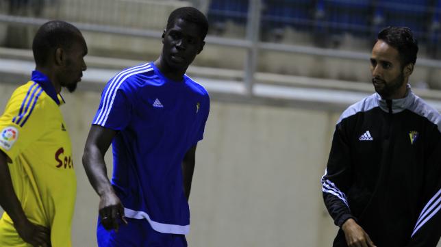 Sankaré y Abdullah antes de un partido.