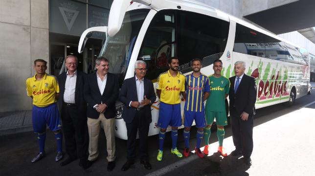 El Cádiz CF y Socibus presentaron su acuerdo